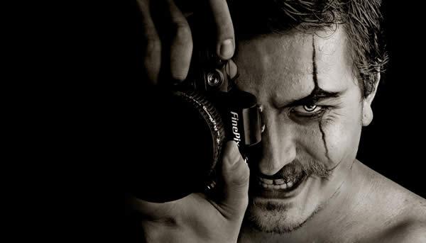 Dark Photographer