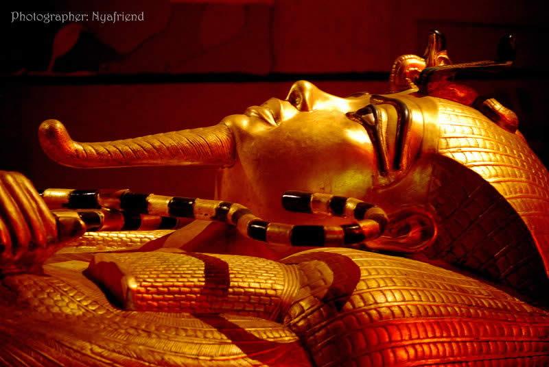 Egypt V Statue