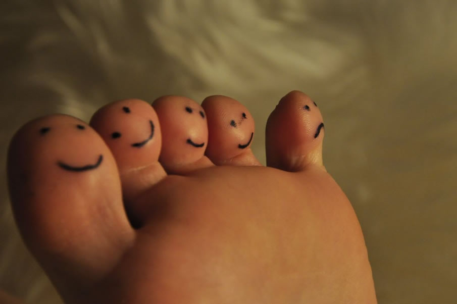 Happy Toe Family