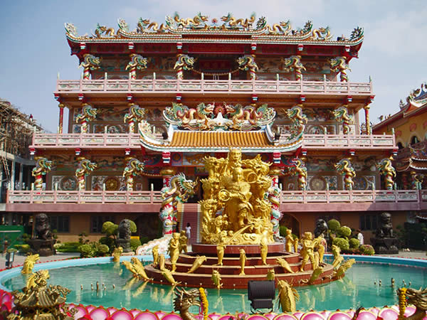 Naja and the Dragon Temple
