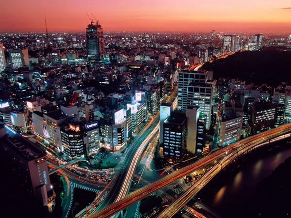 Сумерки в Токио, Япония