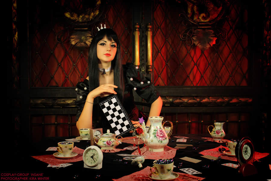 Black Queen - Alice Wonderland