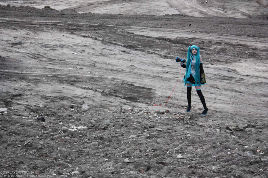 Miku Hatsune - Moonfall