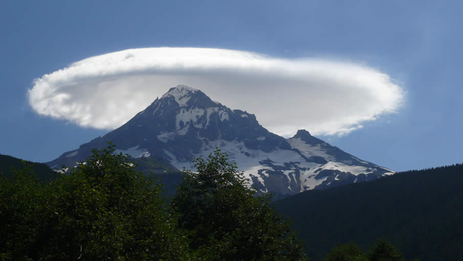 Lenticular Cloud