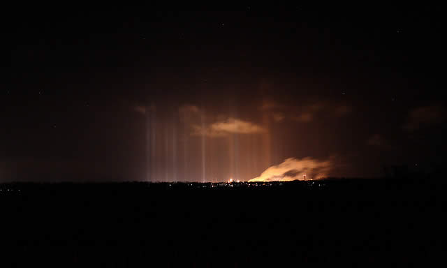 Light Pillars - from a distance