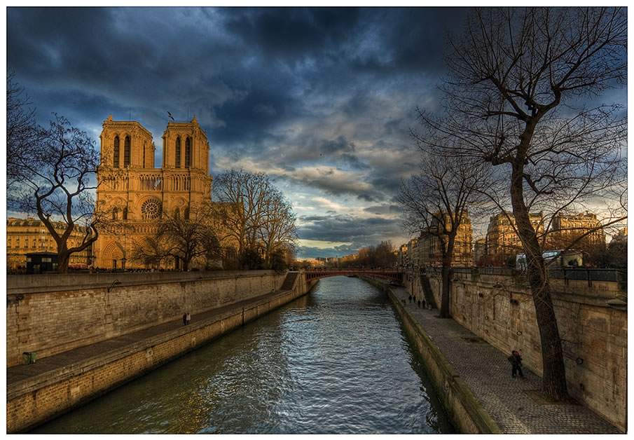 Heavy weather over Notre Dame