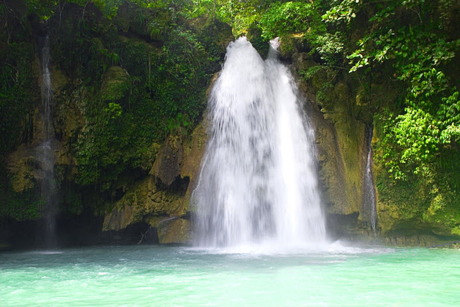 Первый водопад на Kawasan