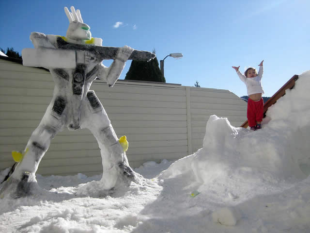 Valkyrie VF-1S R.Focker Custom Snow Sculpture