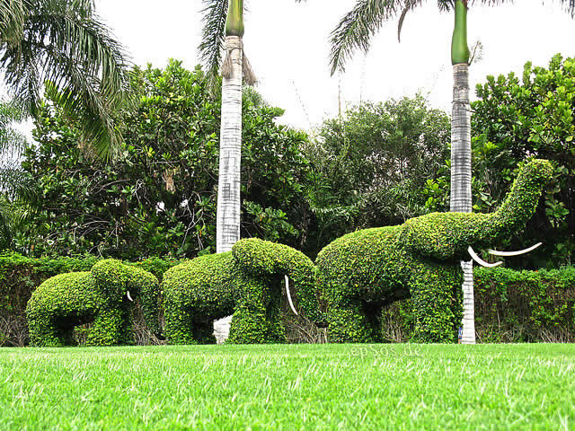 Green Elephants Garden Sculptures