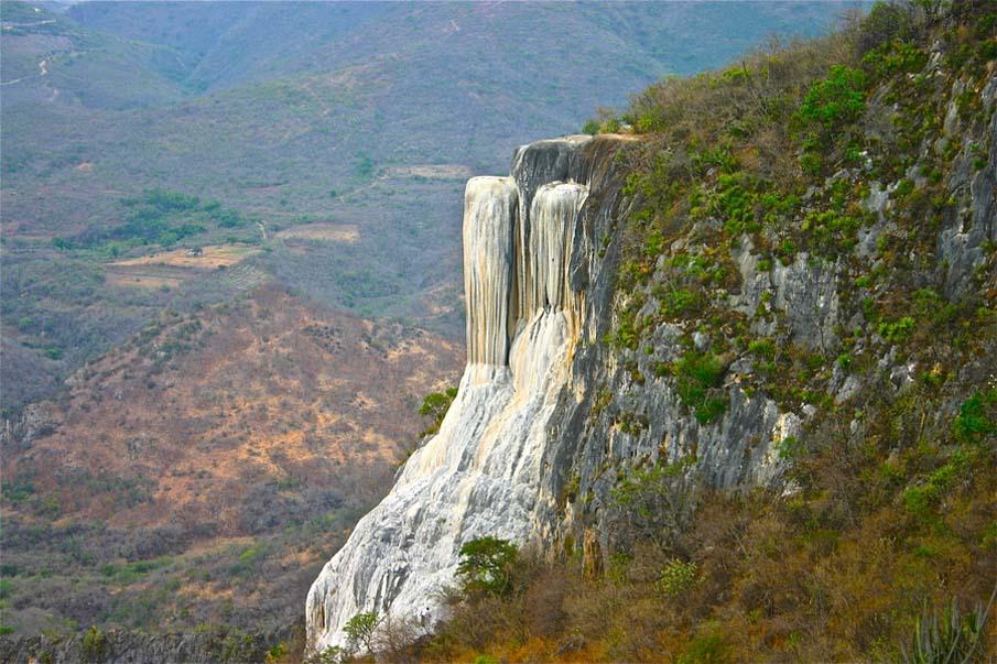 Petrified Waterfalls: Hierve el Agua, Oaxaca.