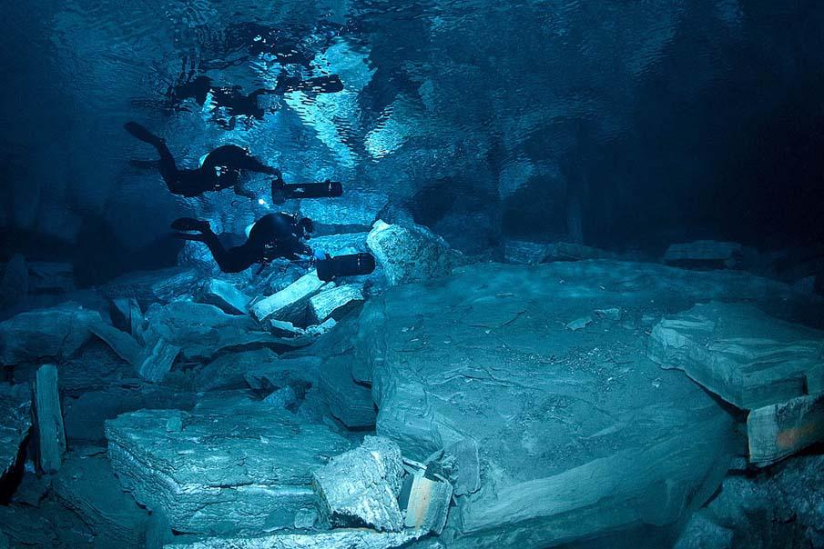 Underwater Cave 17