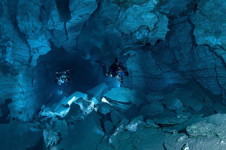 Underwater Cave 18