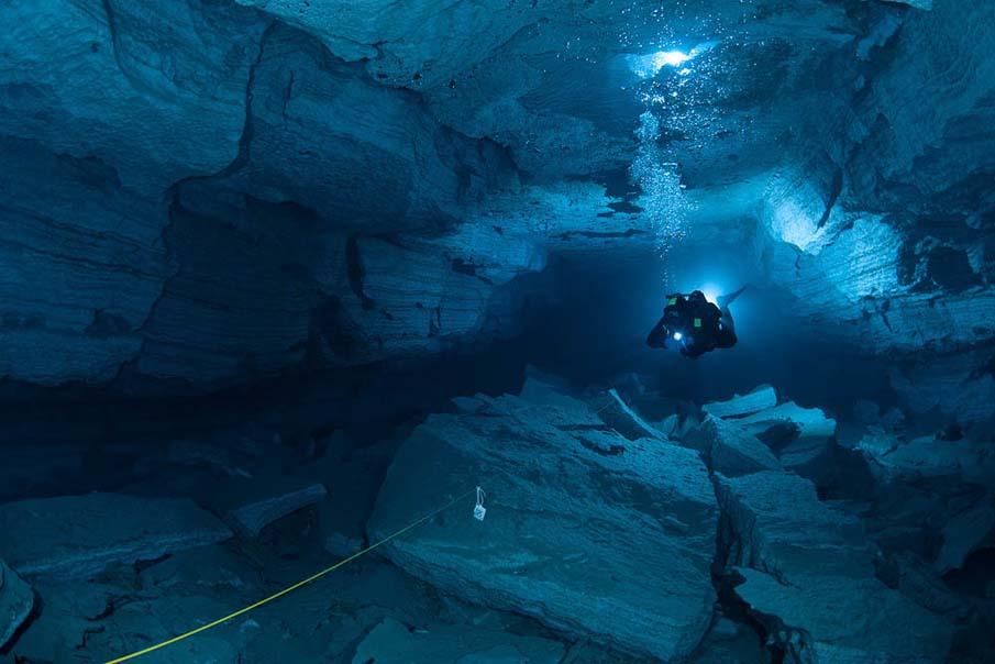 Underwater Cave 28