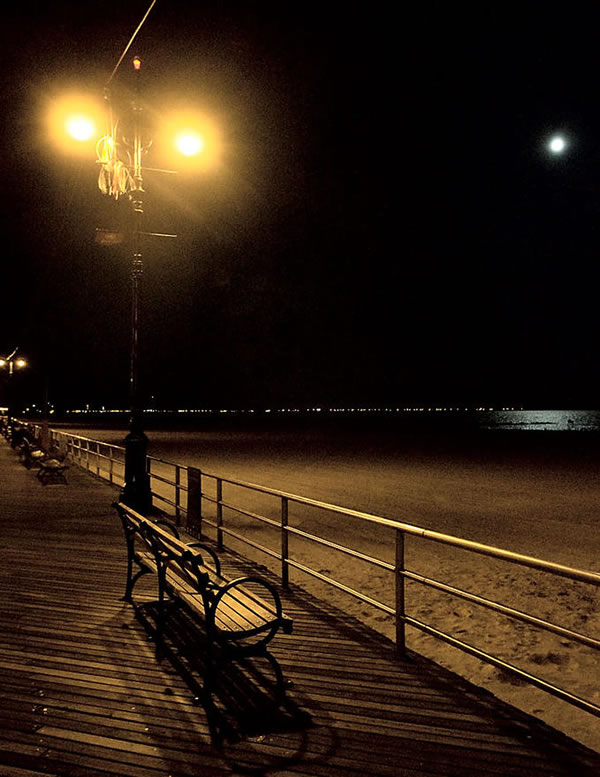 Lonely Night On The Boardwalk