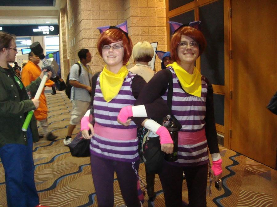 Metrocon 2011: Cheshire Twins