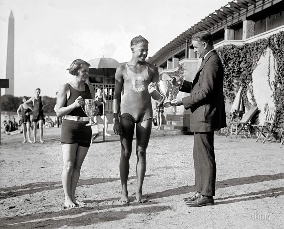 "August 15, 1922. Washington, D.C. ""Florence Skadding and Mark Coles."" At the Tidal Basin bathing pavilion."