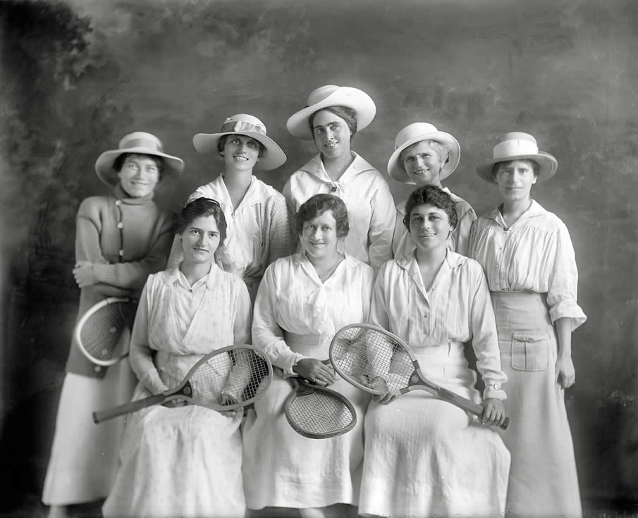 "Washington, D.C., circa 1915. ""Womens tennis league section leaders."""