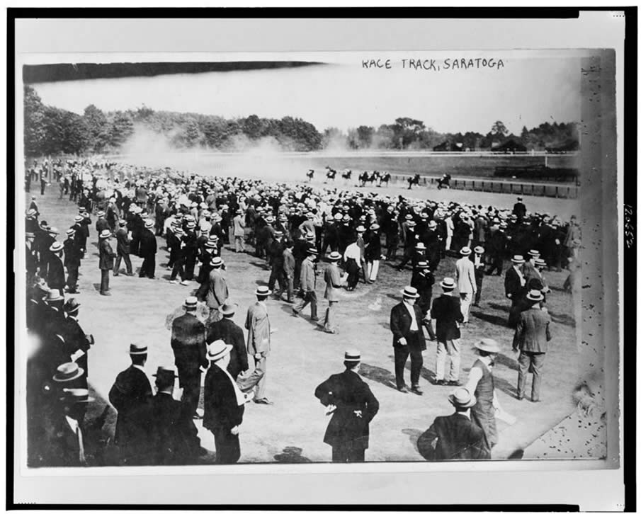 Horse racing - race track, Saratoga, July 1913.