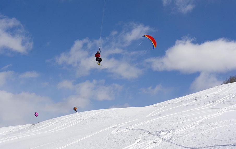 Wayne Philps Kite Skiing