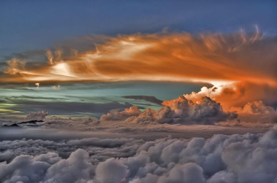 Облака в огне
