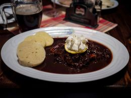 Czech bread and cherry soup