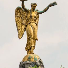StatueofVictory