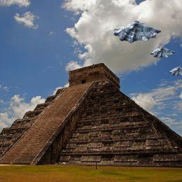 UFOSSightingOverKukulcanPyramid