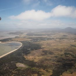 FlyingintoFlindersIsland