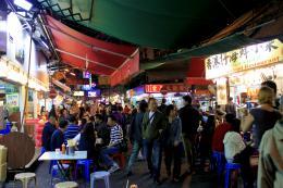 HongKongAlleyatNight
