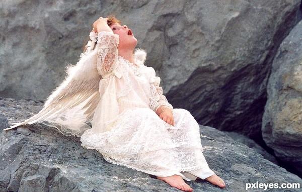 Angel on the rocks!