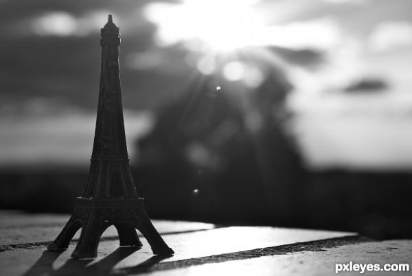 Eiffel out of Paris