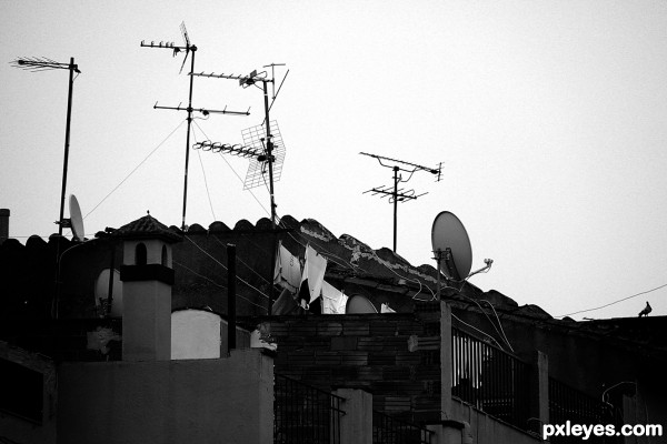 Antennas in the old city 43