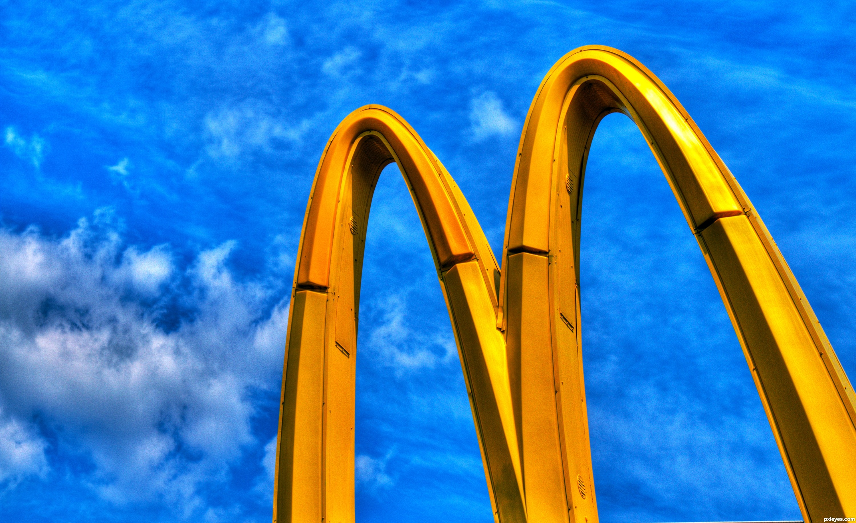 the golden arches Thomas l friedman said in the lexus and the olive tree that no two countries with mcdonald's within their borders have ever been in a war since having a.