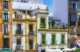 Plaza Del Altozano balconies