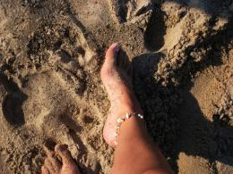 Sandy feet Picture