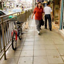 parkedatthesidewalk