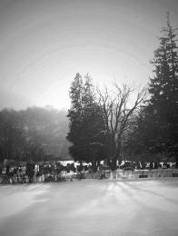 SnowingonGraves