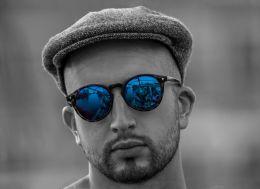 Blue glasses Picture