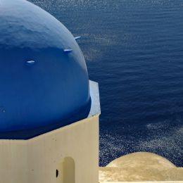 SantoriniChurchDome
