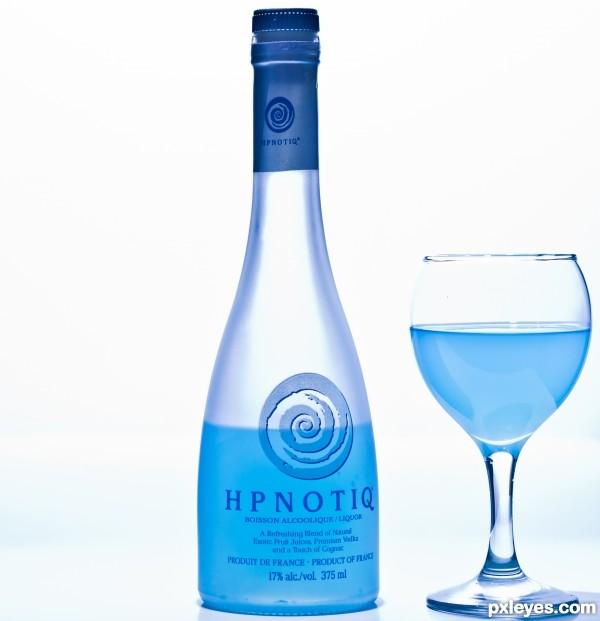 A Hpnotiq drink