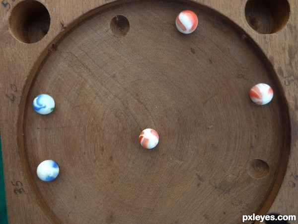 Swiss game of marbles