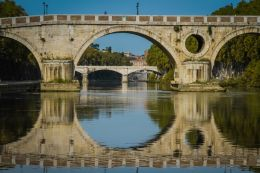 On the Tiber river