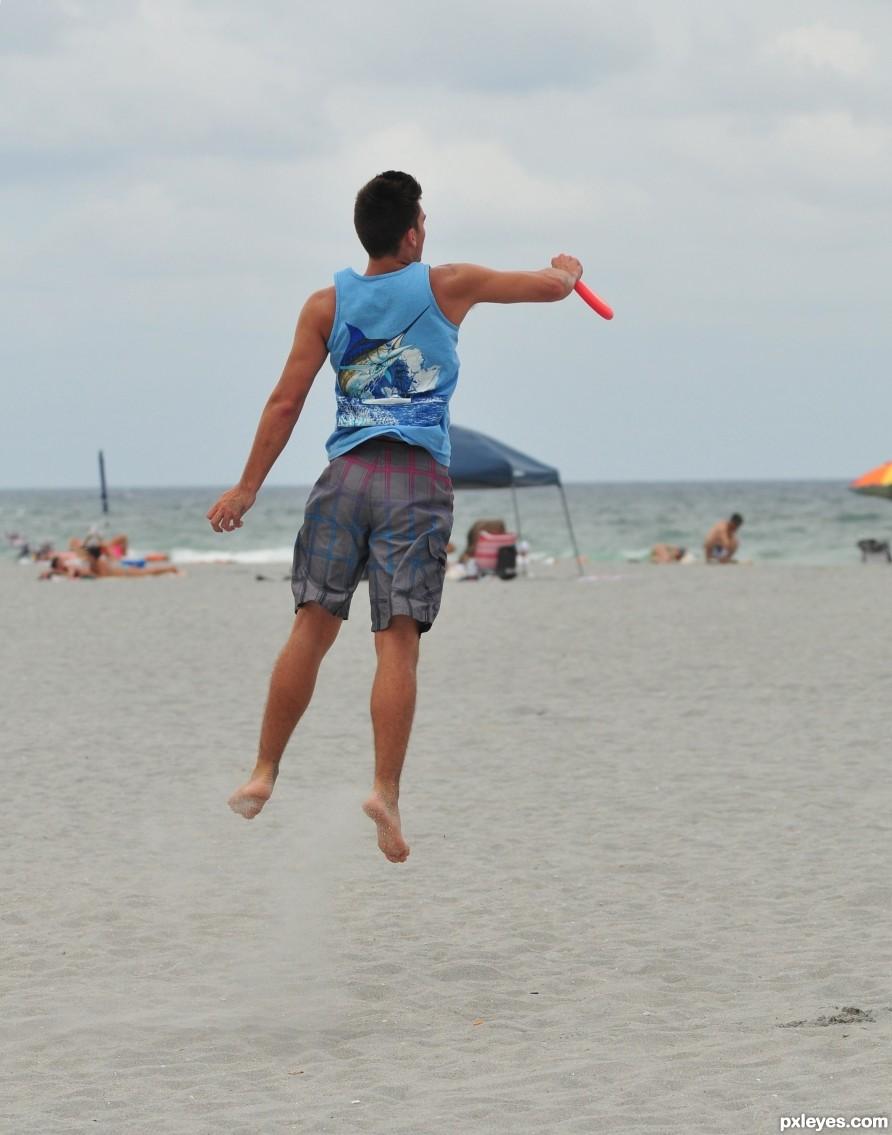 Play beach Frisbee