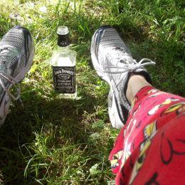 Drinkinwhiskywithangrybirdpjson