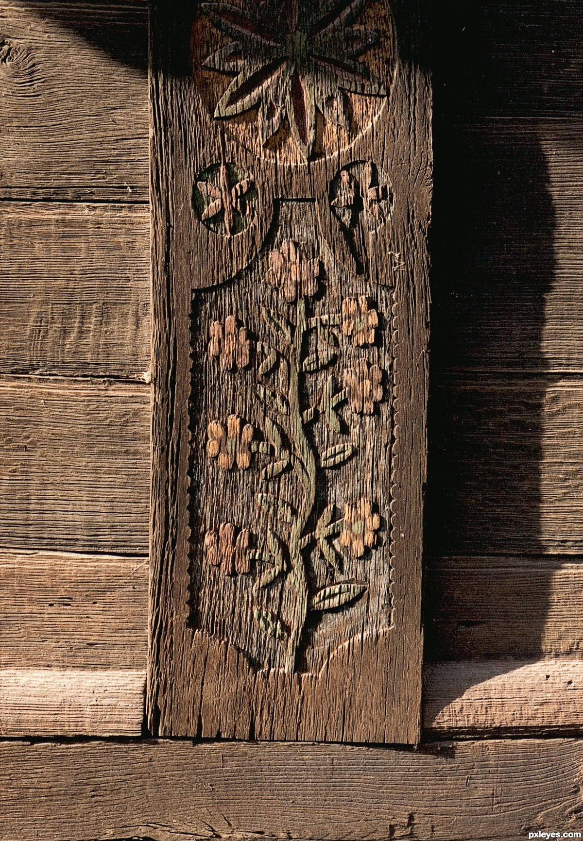 Old barn wood-carving - created by nemark