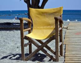 Lonelychairbythesea