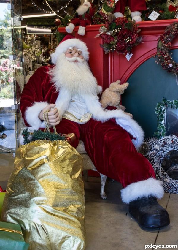 I go in search of Santa