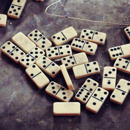 DominoDots
