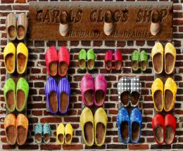 clogs shop
