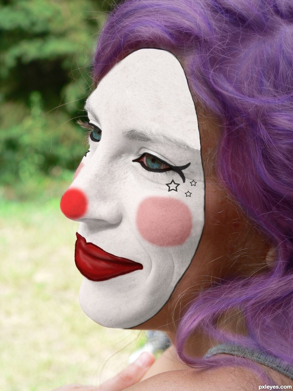 pretty clown